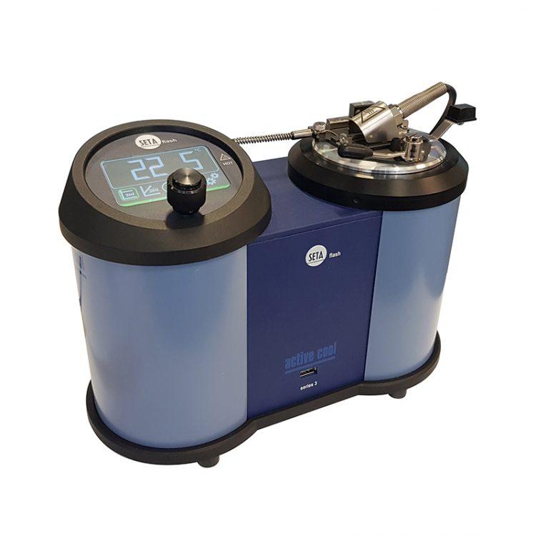 Анализатор для определения температуры вспышки в закрытом тигле малого размера Setaflash серии 3е ActiveCool - 33220-0'